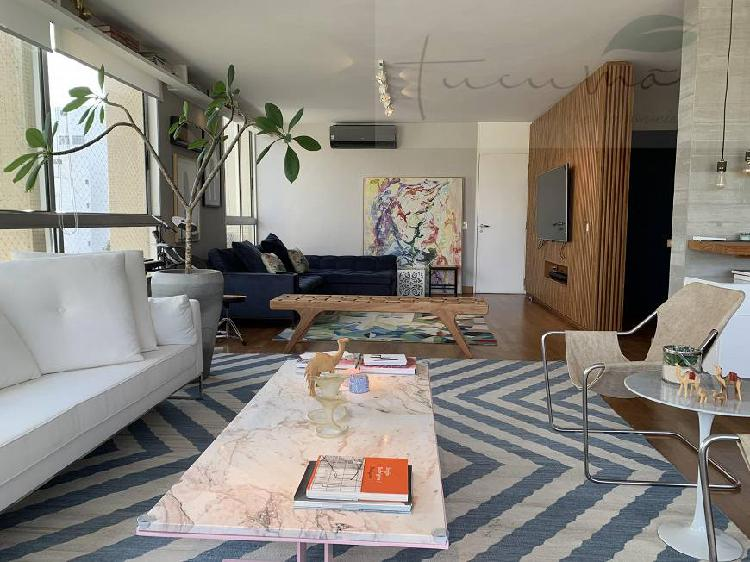 Apartamento reformado perto dos clubes pinheiros e hebraica