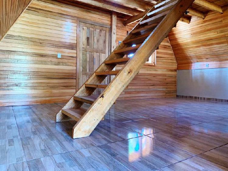 Sítio com cabana de 72m² em condomínio fechado,