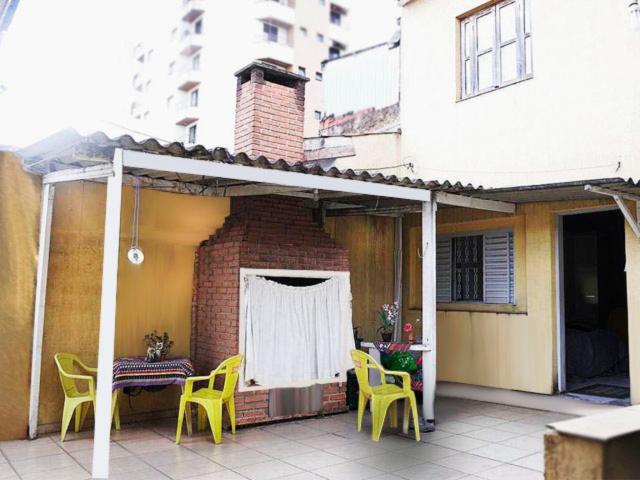 Casa na vila santa catarina, com 5 quartos e área
