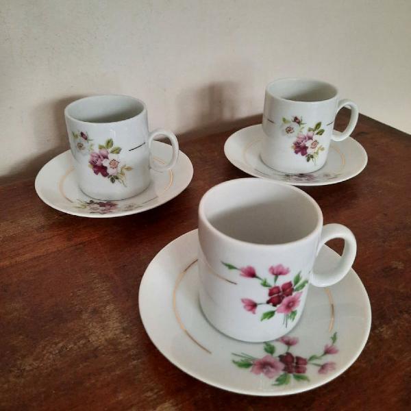 3 xícaras café renner