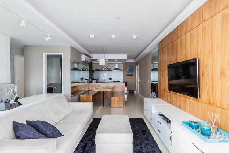 Apartamento mobiliado com 90m² 2 quartos na Barra da Tijuca