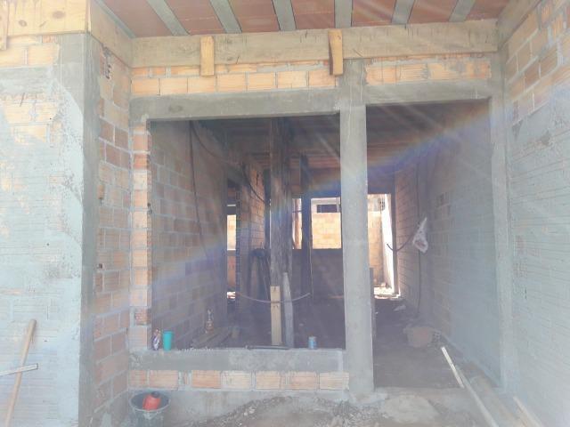 Casa em construção no santa felicidade