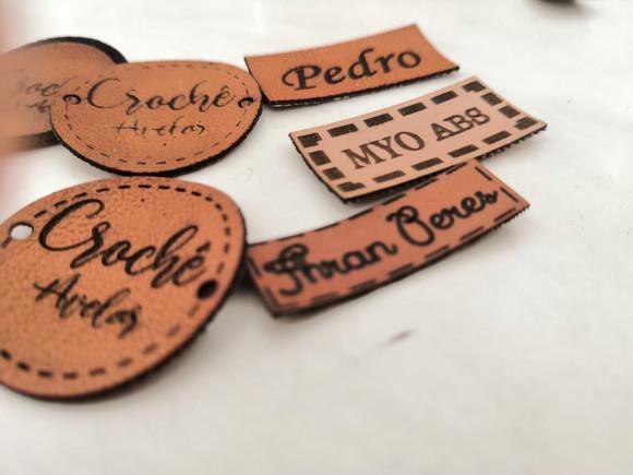 Etiquetas de couro sintético personalizada corte laser