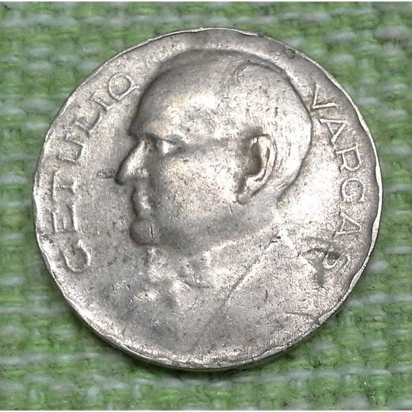 Moeda de 300 réis, 1938. série comemorativa. getúlio