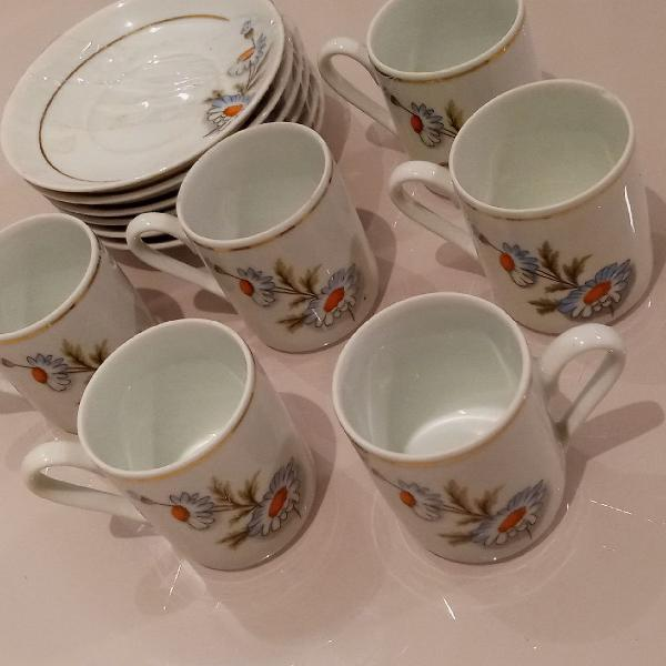 Xicaras de porcelana real