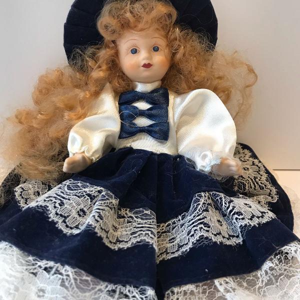 Bonequinha de porcelana da alemanha
