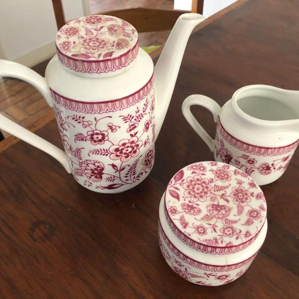 Conjunto bule e açucareiro antigo porcelana real vermelha