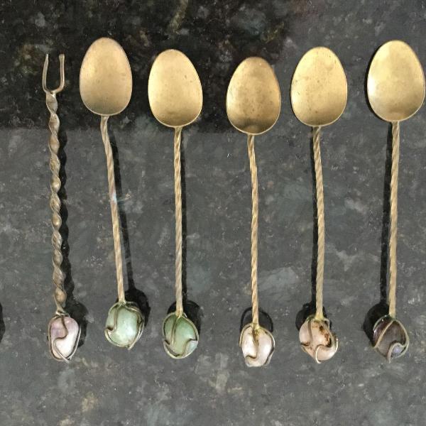 Kit rústico 5 colheres e 2 garfinhos