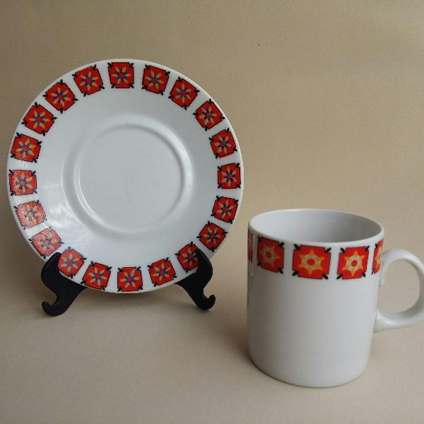 Xícara de café em porcelana steatita