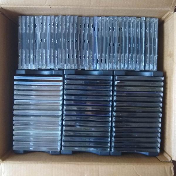 Caixas para cds e módulos para cds (preto)