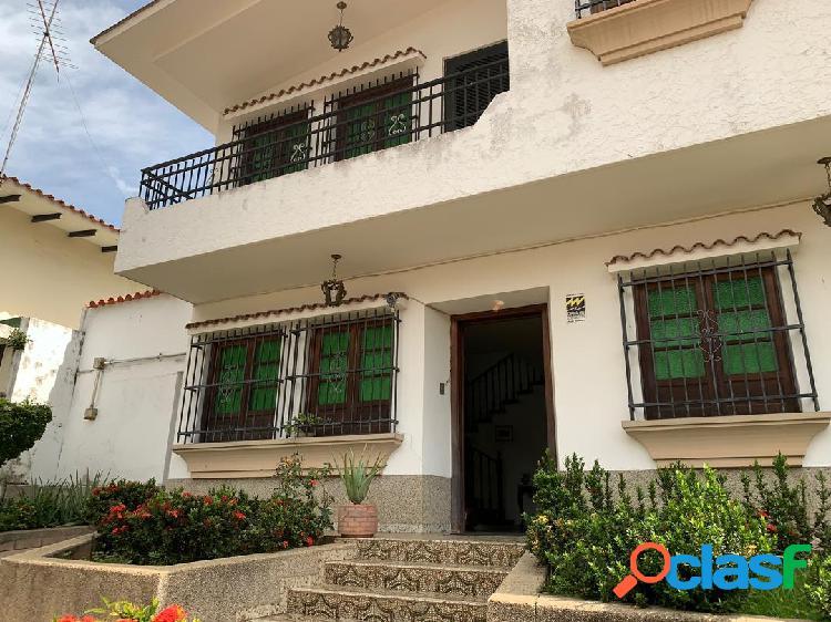 528 m2 casa en venta, la viña, valencia, carabobo