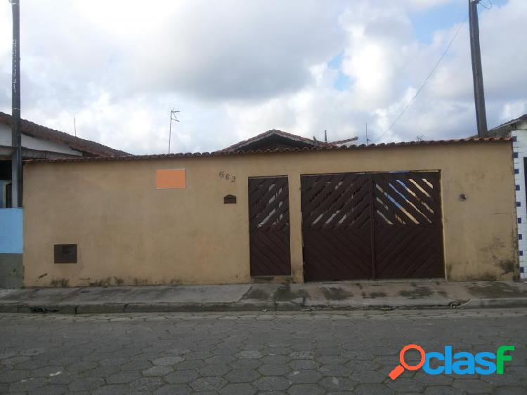 Casa com 3 dorms em mongaguá - jd. oceanópolis por 259.900,00 à venda