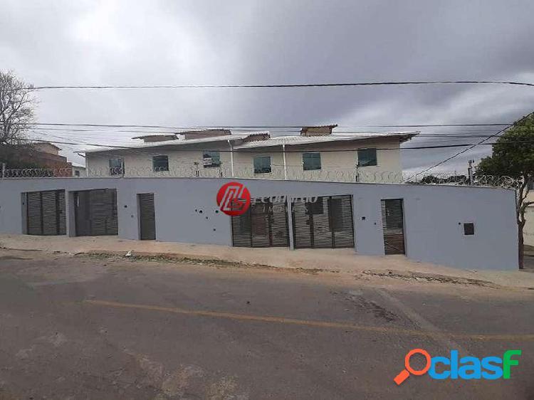 Casa geminada 2 quartos no bairro copacabana