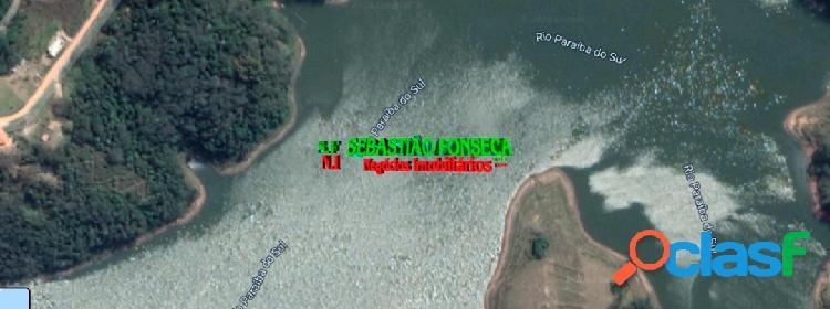 Chácara em jambeiro na beira da represa