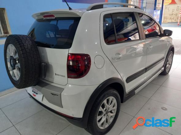 Volkswagen crossfox i motion 1.6 mi t. flex 8v 5p branco 2013 1.6 flex
