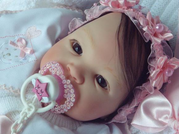 Bebê reborn bruna promoção linda e realista!e barata !