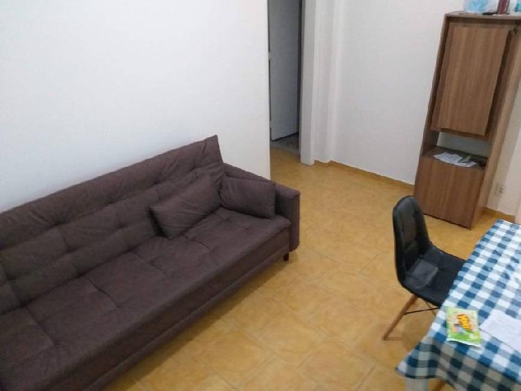 Quarto/sala - excelente localização