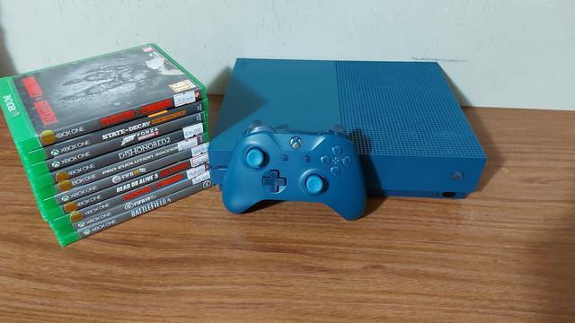 Xbox one s edição gears of war semi novo com garantia-
