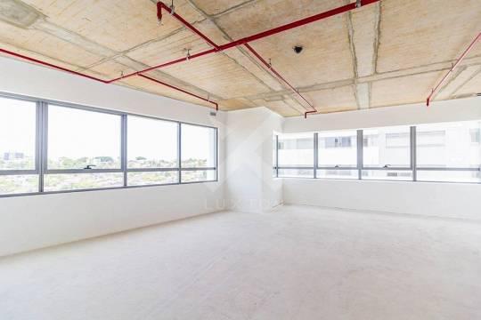 Luxton excelência imobiliária vende e aluga excelente sala