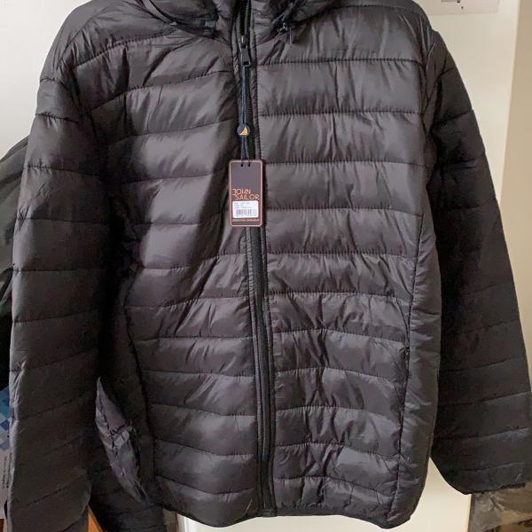 Jaqueta de nylon com capuz removível