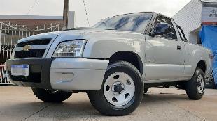 Gm chevrolet s10 2010 2.8 diesel 4x4 cs 4 pneus novos, bem