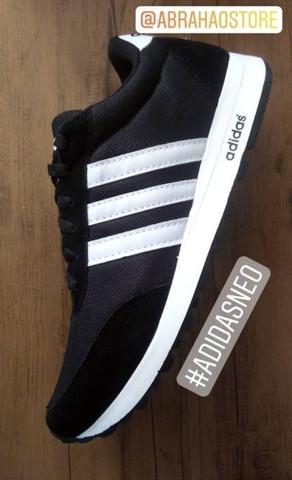 Tênis adidas preto e branco (frete gratis)