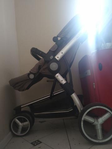 Vende-se bebê conforto (chicco),carrinho de bebê (kiddo),