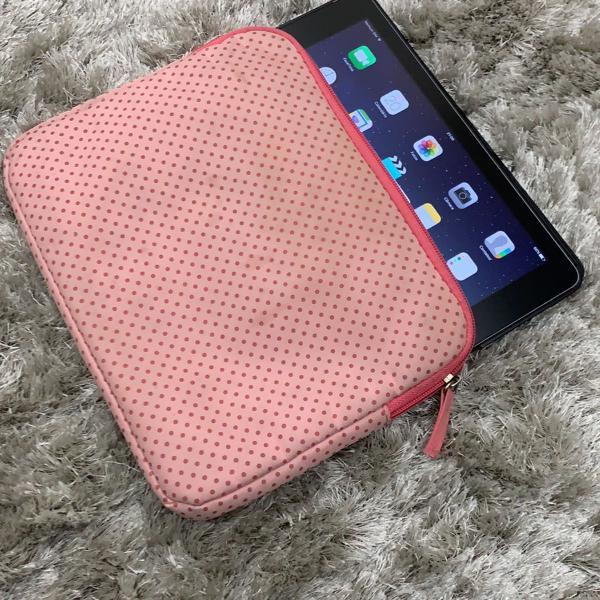 Porta tablet rosa