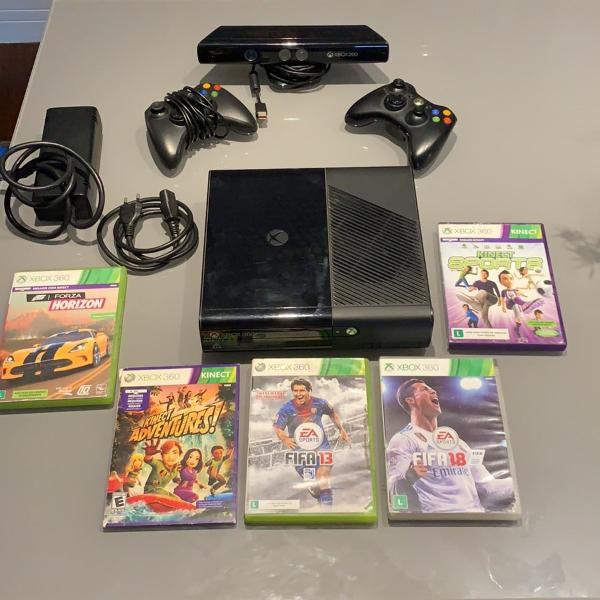 Xbox 360 e kinect com dois controles e 4 jogos originais,