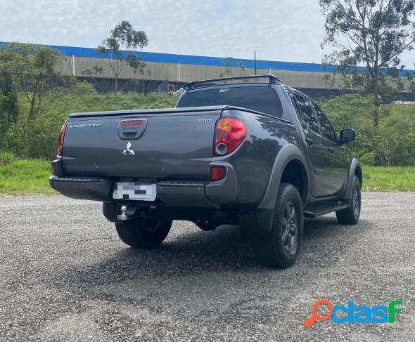 Mitsubishi l200 triton hls 2.4 flex 16v cd mec. cinza 2017 2.4 flex