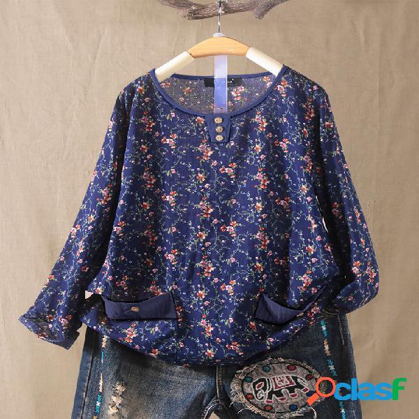 Blusa de manga comprida com estampa floral plus com bolsos