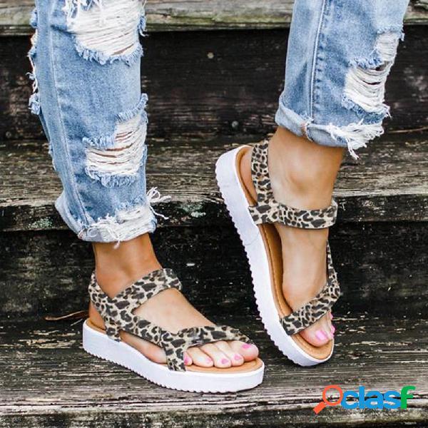 Tamanhos grandes mulheres leopardo cor sólida gancho sandálias apartamentos de laço
