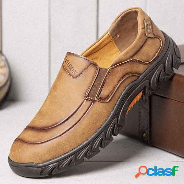 Calçados casuais masculinos de microfibra de couro resistente ao deslizamento confortável e deslizante ao ar livre