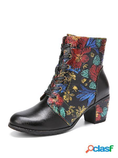 Socofy botas curtas de salto alto em cores sólidas retrô de cor sólida redonda de couro em relevo