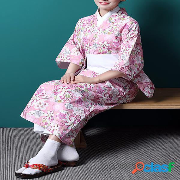 Terno feminino quimono com estampa de flores