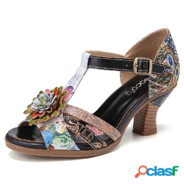 Socofy retro em relevo estilo étnico floral fivela de costura t-strap sandálias de salto robusto