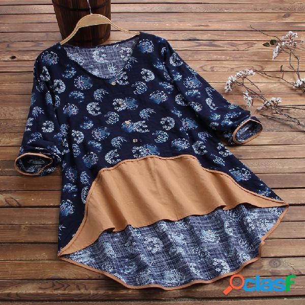 Blusa com estampa floral patchwork manga comprida botão com decote em v