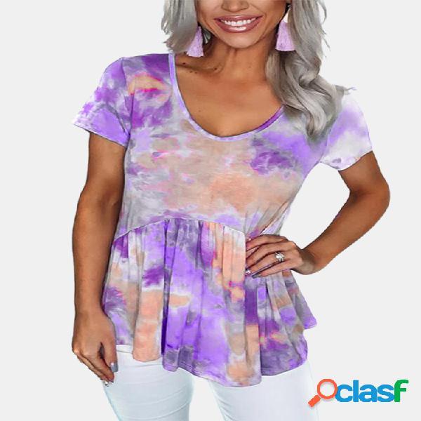 Camiseta de manga curta com decote em v e bainha com babados impressos