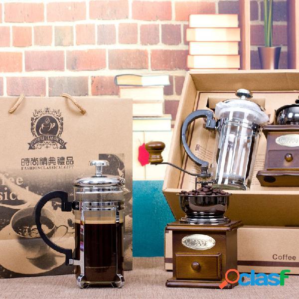 Conjunto de cafeteira manual com moedor de café em madeira e atividade de utensílio para café em panela de imprensa francesa