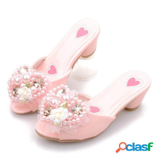 Meninas pérolas em forma de coração decoração floral deslizamento em chinelos de princesa