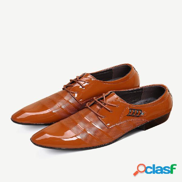 Couro pu masculino antiderrapante decoração de metal sapatos formais de negócios