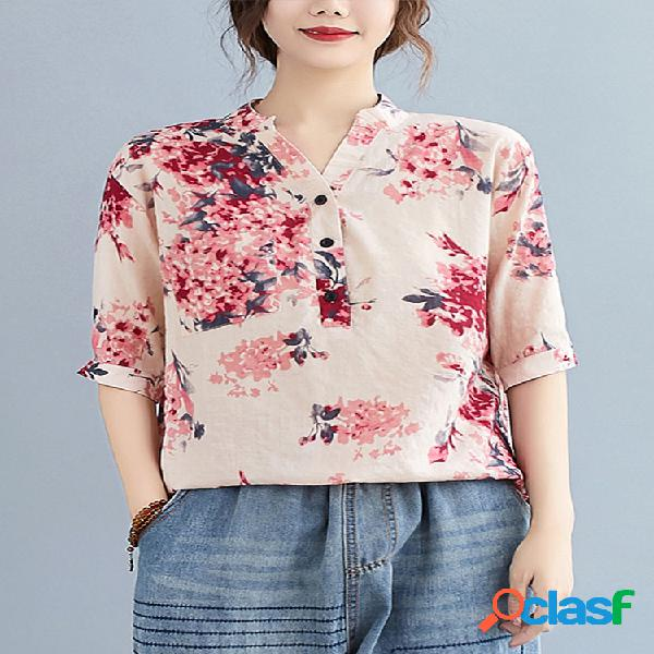 Blusa estampada floral com decote em v meia manga plus
