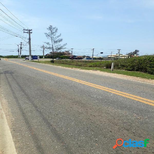 Terreno comercial ao lado do posto de gasolina da marina