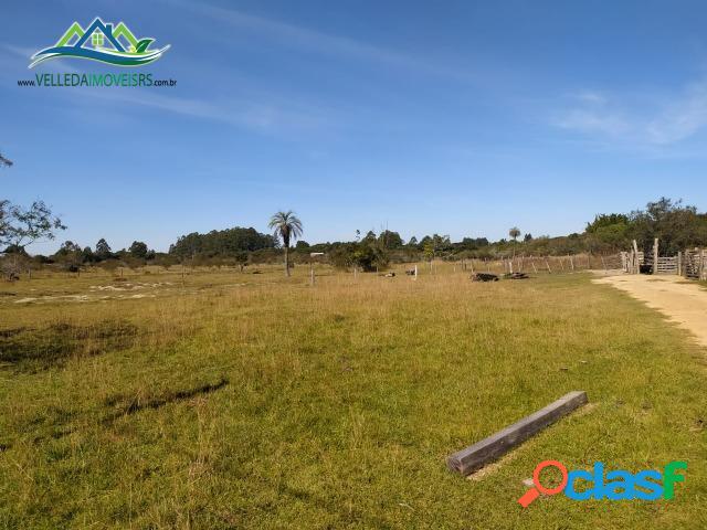 Velleda oferece sitio de 6,5 hectares, 1km do asfalto, com açudes, ac troca