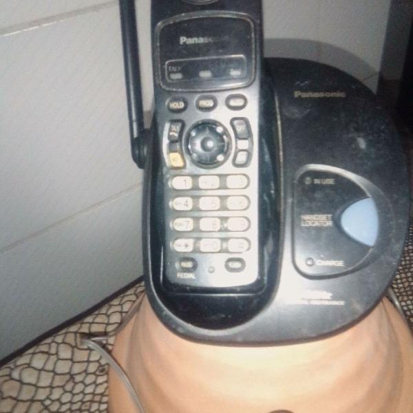 Aparelhos de telefonía fixo e outros afins