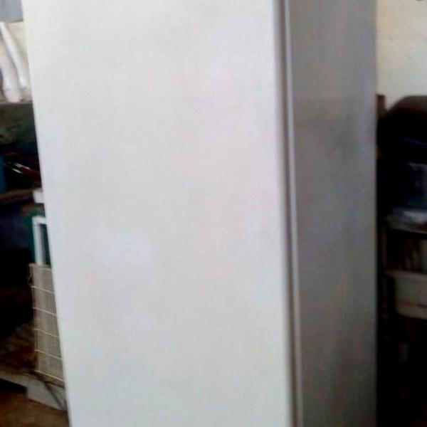 Freezer vertical clean 240 l brastemp