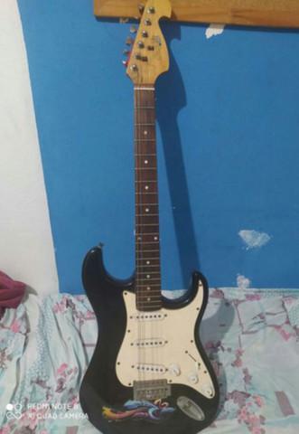 Guitarra tagima + cubo amplificador meteoro
