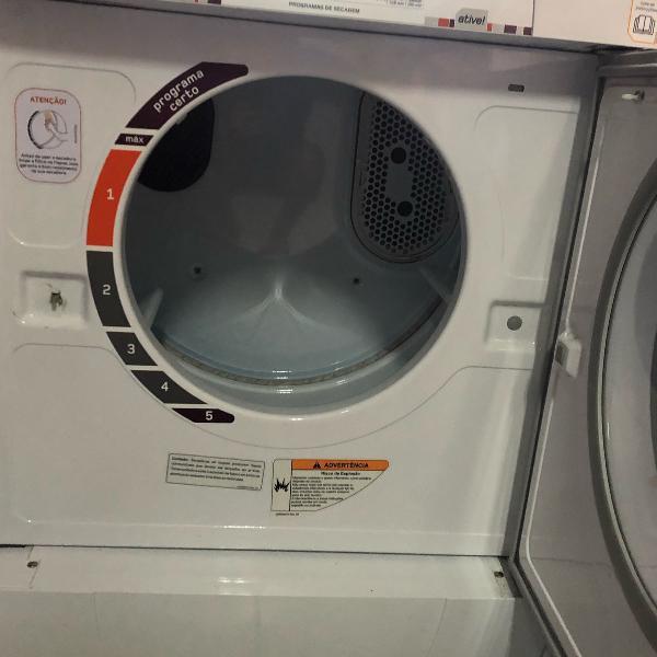 Máquina de secar roupas brastemp