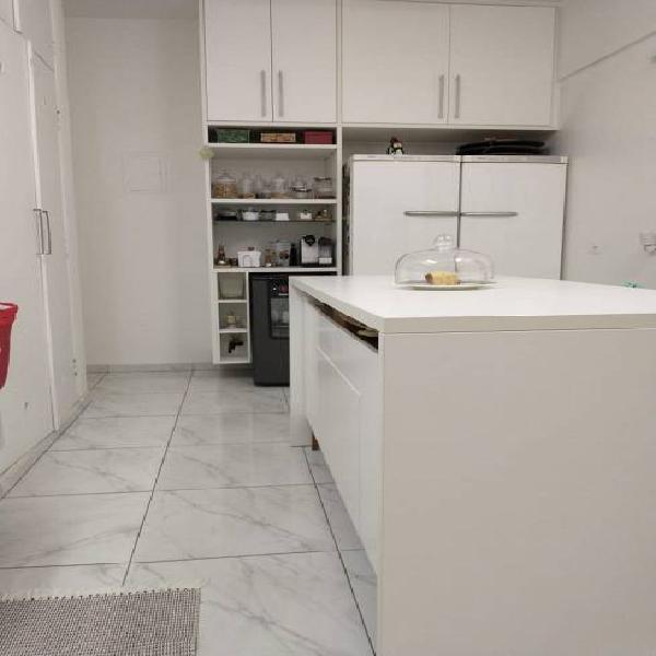 Apartamento 300 metros da av. paulista com 156 m2 com 3