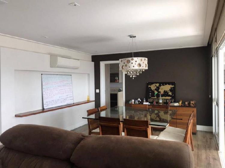 Apartamento para venda possui 202 metros quadrados com 4